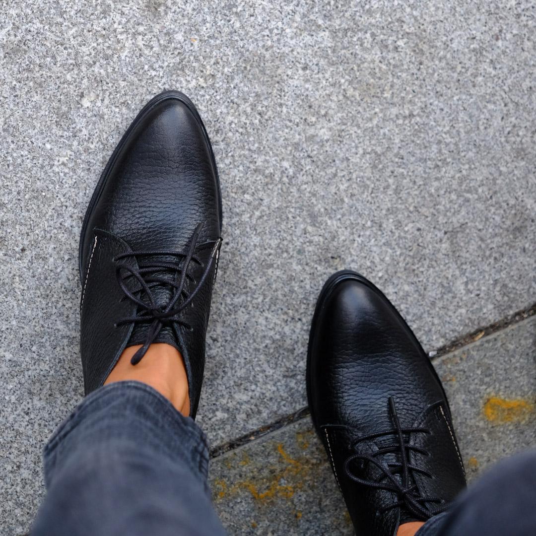 Load-heels-boots-leather-black-image-3